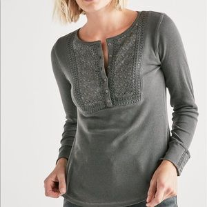 Lucky brand grey embroidered thermal long sleeve